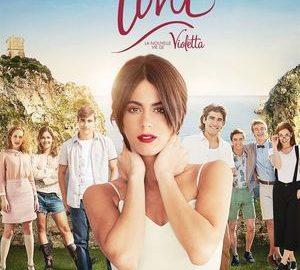 Plakat for filmen Tini - El Gran Cambio de Violetta med skuespillerinden Martina Stoessel i forgrunden